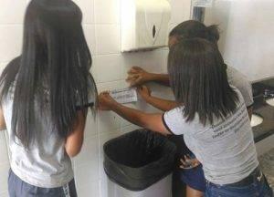 Adesivagem. Programa Escola Verde. 2016